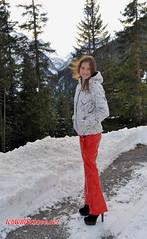 Top-Of-The-Mountains Touristic-Awards, 11/2015. (IchWillMehrPortale) Tags: antoniaaustirol arlberg1800 arlberghospiz gastroawards ichwillschnee latexdirndl ricci schnee sexy stchristoph steirerbluat topofthemountains winterwonderland