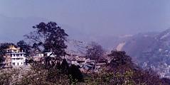 Kathmandu, 2000 (Ron's travel site) Tags: flickrandroidapp:filter=none kathmandu nepal 2000 filmcamera olympusom1 om1 35mm ronstravelsite wwwronsspotuk