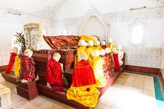 Dead Buddha in a pagoda in Kakku (davidthegray) Tags: shanstate myanmar buddhist kakku buddha pagoda birmania burma kekku paya shan statoshan stupa zedi étatshan ကက္ကူ မိူင်းတႆး ရှမ်းပြည်နယ် myanmarburma mm