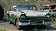 1957 Ford Custom 300 Fordor (Custom_Cab) Tags: 1957 ford custom 300 fordor sedan car autom 4door 4 door two tone green white spences bridge bc british columbia canada canadian junkyard junk yard