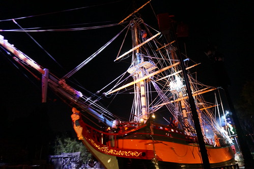 "Saling Ship Columbia in Fantasmic! • <a style=""font-size:0.8em;"" href=""http://www.flickr.com/photos/28558260@N04/20541687862/"" target=""_blank"">View on Flickr</a>"