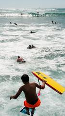 IMG_6757.jpg (mandrestes) Tags: sports hawaii surf waikiki paddle streetphotography duke surfing walls bodyboard watersport surfrider dukekahanamoku standuppaddle surfboardwaterpolo surders