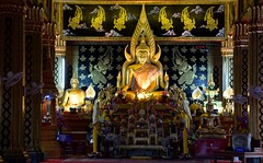 Buddha in temple (yonkis_at_34) Tags: pictures voyage trip travel favorite beautiful fun thailand temple landscapes amazing nikon flickr photographer picture mai most enjoy fabulous capture chiang popular buddah  photographe objektif nikond200 nikond5300 yonkis34
