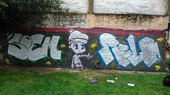 cromo con los cabros (dekitaoner) Tags: chile one graffiti r pollo lcd aire flop libre weta pintura deka personaje temuco cromo soko fiebre bns relo relos longi soem kao
