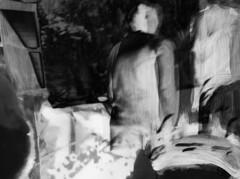 Szene (Ekatharina) Tags: film handy foto display fenster spiegel menschen beamer blick acryl personen szene beobachten schwarm wahrnehmung gedanken ebenen anschauen