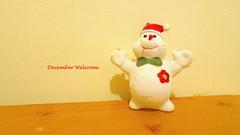 In my entrance (Julie70 Joyoflife) Tags: home december tabletop entre chezmoi bonhommedeneige photojuliekertesz
