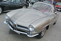 yhcd15068b (tanayan) Tags: red brick classic car japan nikon automobile italia warehouse alfa romeo  yokohama alfaromeo kanagawa  j1  histric
