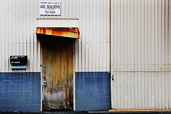 Another Quality Job? (iecharleton) Tags: sign contradiction gritty honolulu hawaii office industrial