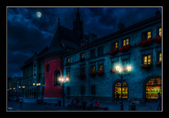 Krakw (Kevin, (Away 21 Oct / 9 Nov) Traveling) Tags: architecture canon1855mm clothhall gothicchurch hdr historical kevinwalker krakow medieval poland rynekglwny stmarysbasilica moon clouds sky night lamps