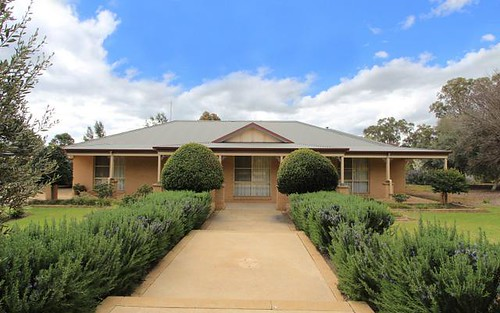 10 Old School Road, Narrandera NSW 2700