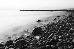 stones (Andreas Lesch) Tags: steine meer wasser brandung teneriffa tenerife kste felsen schwarzweis fotografie naturfotografie
