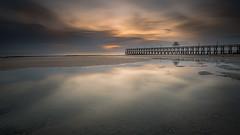 Un lever  la jete (JMS') Tags: paysage mer jete normandie lucsurmer poselongue lee filter leefilter little littlestopper longexposure sunrise seascape landscape pier