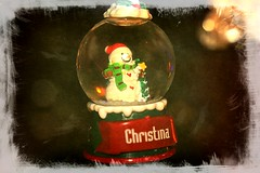 Small Snow Globe With Snowman Textured 004 (Chrisser) Tags: christmas decorations decoration snowmen snowman snowglobes snowglobe ontario canada canoneosrebelt1i canonefs1855mmf28macrousmprimelens backgroundfrombrenda ipiccy itsanaddiction