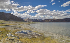 A piece of sky (Fil.ippo) Tags: pangong lake tso ladakh tibet india landscape waterscape sky cloud reflection d610 travel filippo filippobianchi