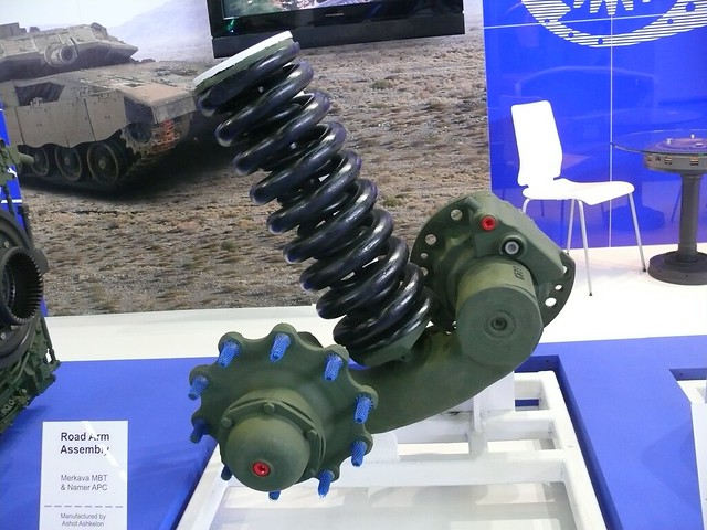 merkava_4_eurosatory_2010_suspension