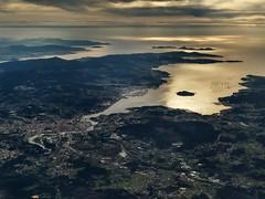 Terria (claudiagomlop) Tags: plane trip ocean galicia sky sea oceanview sealovers landscapelovers landscapephoto landscape viaje planeview