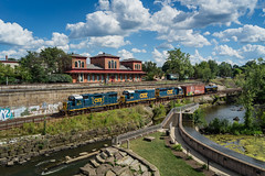 CSX along the Cuyahoga (Nolan Majcher) Tags: new ohio castle cars train river kent sub engine baltimore cuyahoga and locomotive bo local former freight gp csx subdivision emd