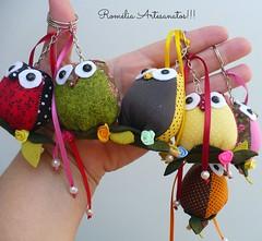 chaveiros ! (romelia.artesanatos) Tags: coruja mão tecido chaveiro feito costurinhas