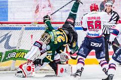 Crash The Net. (R1ku Exposures) Tags: sports hockey sport finland helsinki icehockey hakametsä jääkiekko sportsphotography nordis jäähalli ifk ilves hifk helsinginjäähalli liiga ilvestampere ifkhelsinki helsinginifk nordenskiöldinkadunjäähalli