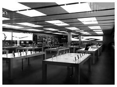 T'Apple Shop (tubblesnap) Tags: bw white black apple mobile shop shopping photography centre leeds cellphone trinity products iphone ipad