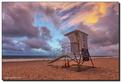 Lifeguard Stand on Pompano Beach (Fraggle Red) Tags: ocean clouds sunrise dawn pier waves florida windy stormy atlanticocean hdr christmasday fishingpier lifeguardstand pompanobeach 2015 7exp canonef1635mmf28liiusm browardco dphdr christmas2015