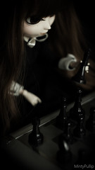 Play chess (MintyP.) Tags: 6 vintage photography outfit doll sony chess wig groove pullip minty 58mm échecs helios poupée merl nex obitsu stica mintypullip elwyna