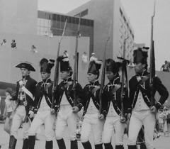 Queen's Rangers (jmaxtours) Tags: 1984 rangers torontocityhall nathanphillipssquare torontoontario loyalists queensrangers simcoeday britishsoldiers torontoon fyg fortyorkguard britishloyalists