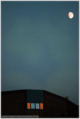 Moon above Zwolle (renseposthumus) Tags: canon 70d tamron adaptall sp manualfocus 70210mm f35