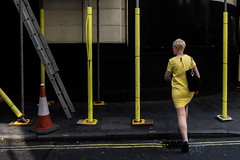 (AmirsCamera) Tags: london uk england city urban yellow lady woman girl colour color cityscape people streetphotography street walking olympus omdem1 omd em1 september 2016