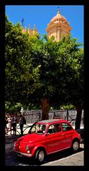 Noto - Siracusa (in Explore) (Massimo Frasson) Tags: italia italy sicilia siracusa noto centrostorico oldcity pittoresco villaggio valdinoto barocco architetture street strada auto macchina gente people mezzoditrasporto cinquecento fiat fiatcinquecento
