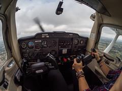 Flying the C152 above Gironde : France (Benjamin Ballande) Tags: flying c152 above gironde france