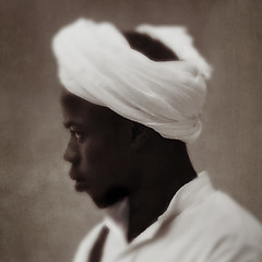 sufi musician (wizmo) Tags: musician sufi gnawamusic lespigeonsdusablemorocco iphone
