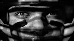 Quaterback... (lichtflow.de) Tags: festbrennweite ilce7m2 mitakon09550mmspeedmaster sony quaterback portrt portrait face gesicht sport americanfootball human mann man sw schwarzweis bw