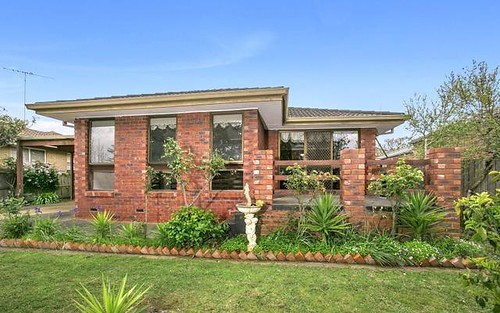 34 Wingarra Dr, Grovedale VIC 3216
