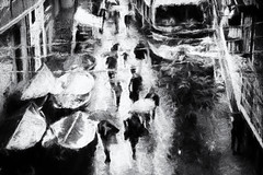 Rain in the fishing village (www.streetphotography-berlin.com) Tags: street streetphotography streetlife impressionistic impressionism fineart art blackandwhite blackwhite abstract people rainyday rain walking umbrella umbrellas boats fishing village italy