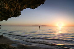 South Sun V (Josué Godoy) Tags: mar mer sea ocean oceano sol soleil coucherdesoleil sunset sun sunlight australia coralbay beach playa plage