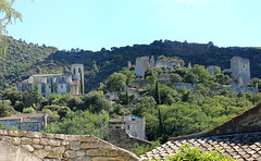 Oppde-le-vieux (Freyja H.) Tags: france provence provencealpesctedazur luberon oppde village mountainside mountainridge forest hill hilltop perched