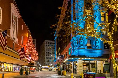 Boston Christmas - 2016-11-25 at 23-44-29.jpg