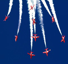 the red arrows (Duncan the road rebel) Tags: theredarrows aircraft airforce air airdisplay airborne red royalairforce smoketrail smoke military