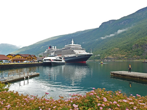 Local Ferry and the Queen Elizabeth Moored in Flåm (2)