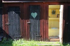 Somrigt hemlighus (Annica Spjuth) Tags: utedass bruk hemlighus korså somrigt fotosondag fs150823
