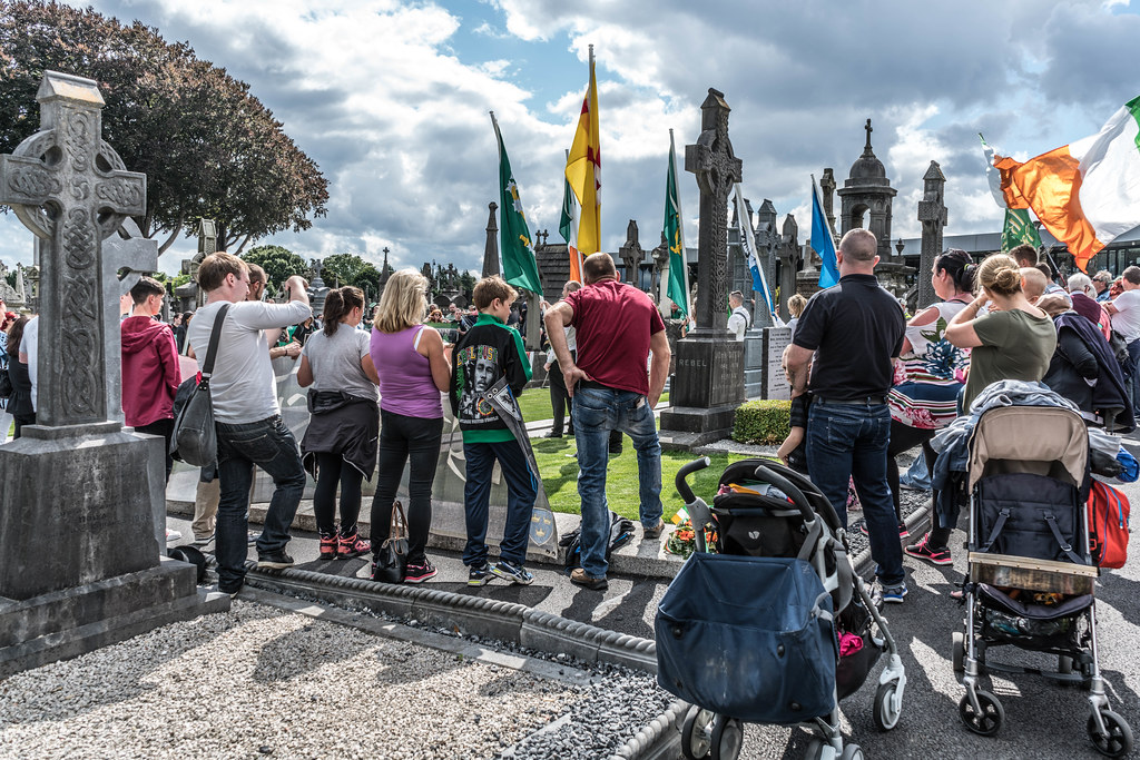 GLASNEVIN CEMETERY [MY FIRST DAY USING THE NEW SONY A7RMkII] REF-107428