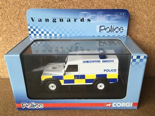 Corgi Vanguards Police - Model VA 09703 - Land Rover Defender - PSNI Police Service of Northern Ireland - Die Cast Metal Miniature Scale Model Emergency Services Vehicle