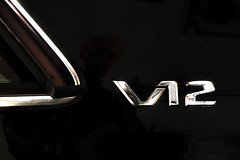 Mercedes CL 600 coup  V12 emblem (SteveMather) Tags: ohio usa black emblem mercedes cleveland clarity chrome badge topaz v12 chromed cl600 anthropics smartphotoeditor
