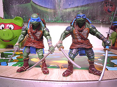"Nickelodeon ""HISTORY OF TEENAGE MUTANT NINJA TURTLES"" FEATURING LEONARDO - Paramount Movie LEO '14 iii (( 2015 )) (tOkKa) Tags: 2005 toys comic 1988 2006 1993 1992 leonardo figures toysrus 2012 2007 teenagemutantninjaturtles tmnt nickelodeon 2014 2015 displaystand playmatestoys ninjaturtlesthenextmutation toysrusexclusive tmntfastforward toontmnt tmntmovie4 turtlemilkstudios eastmanandlairdsteenagemutantninjaturtles moviestartmnt varnerstudios toonleo paramountteenagemutantninjaturtles 4kidstmnt paramountsteenagemutantninjaturtles tmnt2003 historyofteenagemutantninjaturtlesfeaturingleonardo davearshawsky tmnt2014movie"