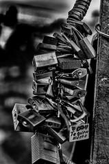 Amor... promesas (Rosy VP) Tags: amor promesas candados
