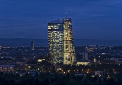 EZB/ECB Nightview (Frawolf77) Tags: frankfurt skyline ezb ecb europische zentralbank nachts european centralbank goetheturm