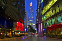 La spina / The thorn (The Shard, London, United Kingdom) (AndreaPucci) Tags: shard theshard london uk night morelondon andreapucci canoneos60