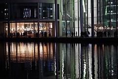 Spiegelungen (pixpressionismus) Tags: berlin nacht reflektionen wasser lichter