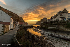 IMG_0073-Edit_edited-1 (Bev Cappleman) Tags: staithes seascape sunrise village northyorkshire northeastcoast northeast clouds cloud staithesharbour staithesbeck